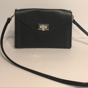 Aldo black purse with zipper trim